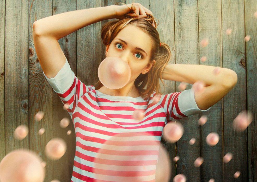 Girl of bubblegum cute wallpaper
