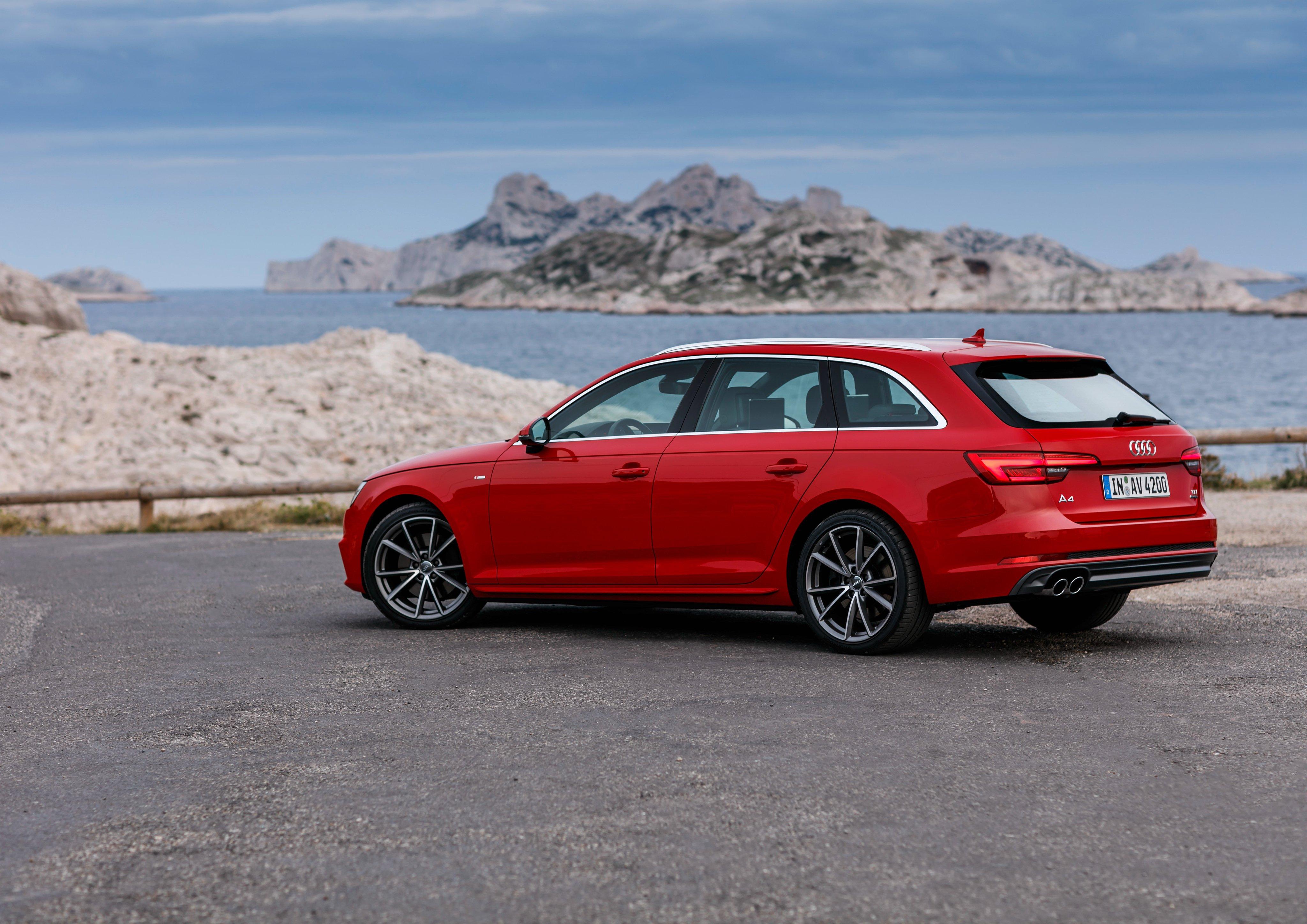 Audi a4 quattro station wagon 2015