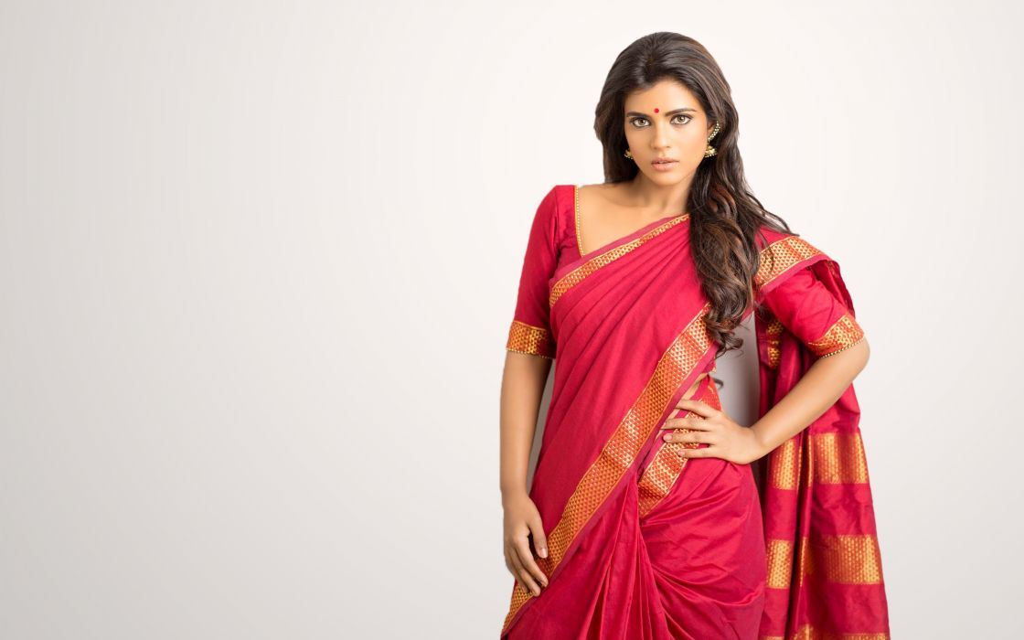 aishwarya rajesh bollywood actress model girl beautiful brunette pretty cute beauty sexy hot pose face eyes hair lips smile figure indian  wallpaper