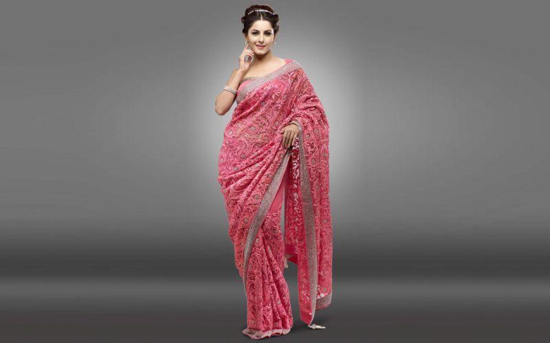 Isha Talwar bollywood actress model girl beautiful brunette pretty cute beauty sexy hot pose face eyes hair lips smile figure indian saree wallpaper