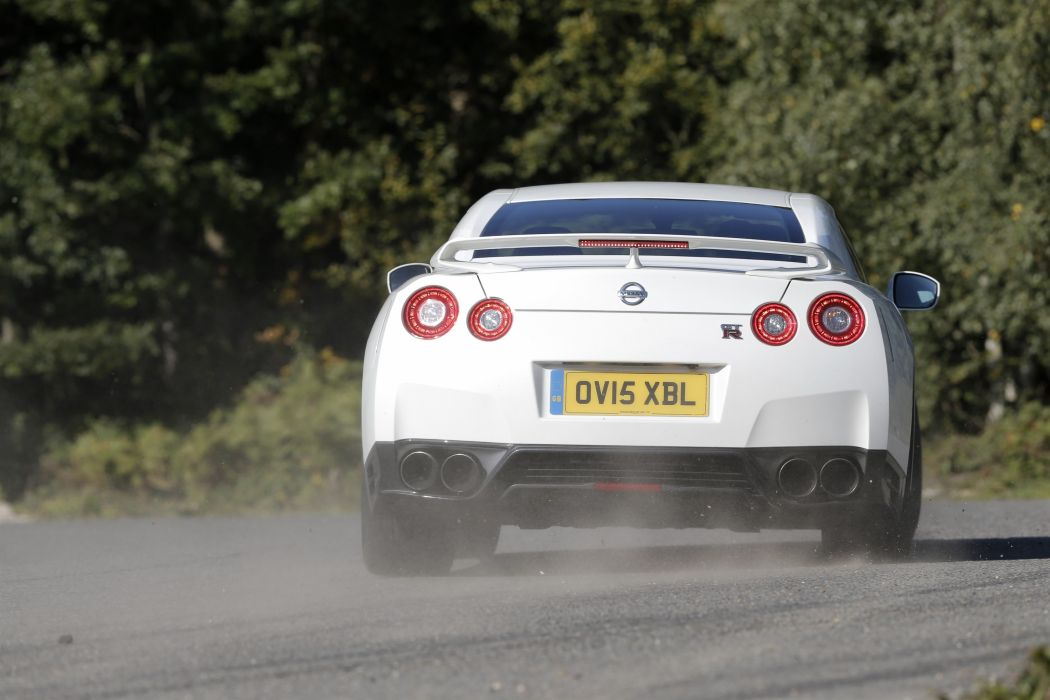 Nissan GT-R Track Pack UK-spec cars coupe white 2015 wallpaper