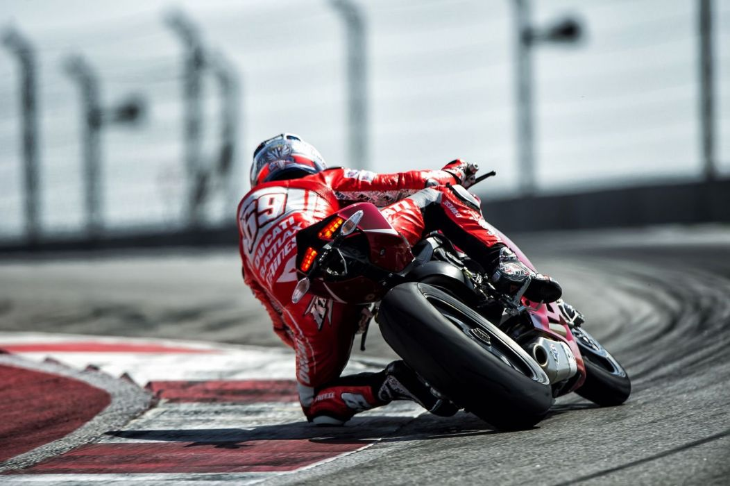 2013 Ducati 1199 Panigale-R motorcycles wallpaper