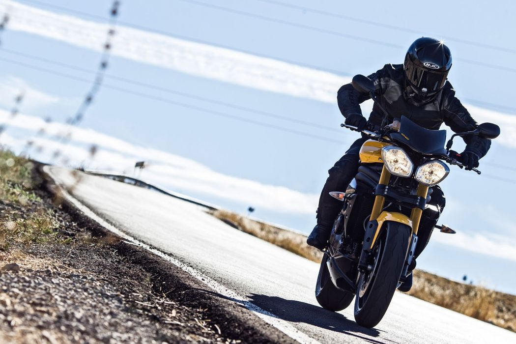 2016 Triumph Speed Triple 94 bike motorbike motorcycle wallpaper