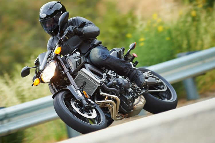 2016 Yamaha FZ-09 bike motorbike motorcycle wallpaper