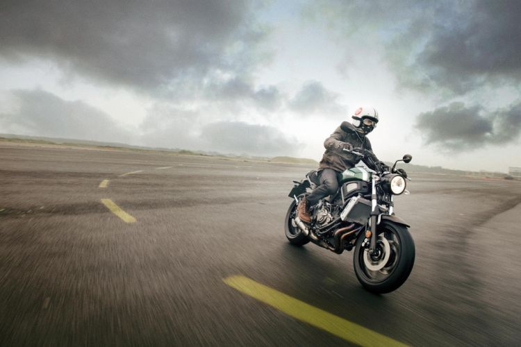 2016 Yamaha XSR700 bike motorbike motorcycle wallpaper
