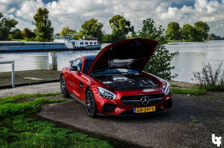 Red Mercedes AMG GTS 2015 cars coupe wallpaper