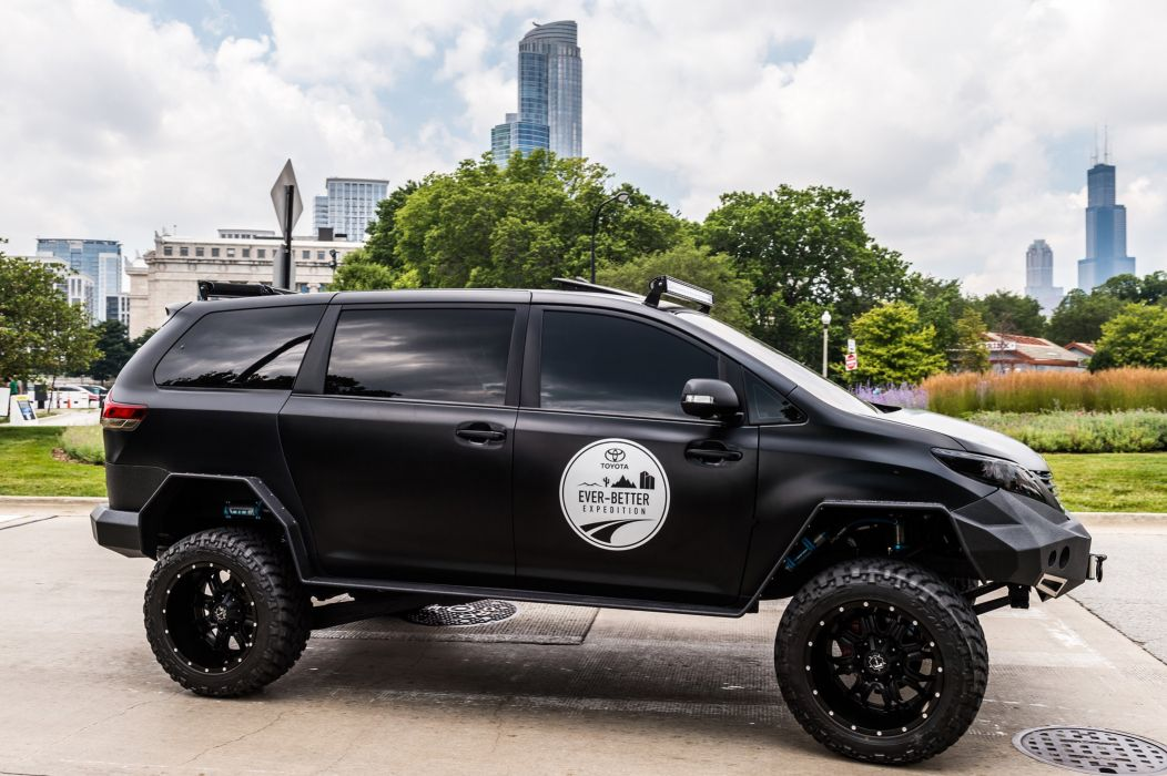 2015 Toyota Ultimate Utility conxept awd 4x4 suv truck uuv wallpaper