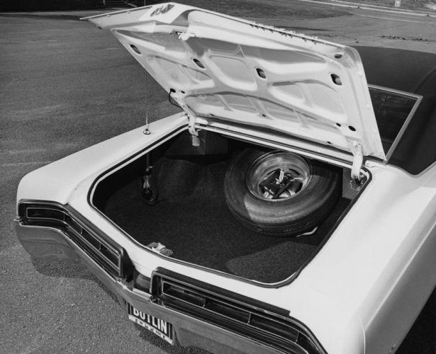 1967 Buick Wildcat Custom 2-door Hardtop muscle classic wallpaper