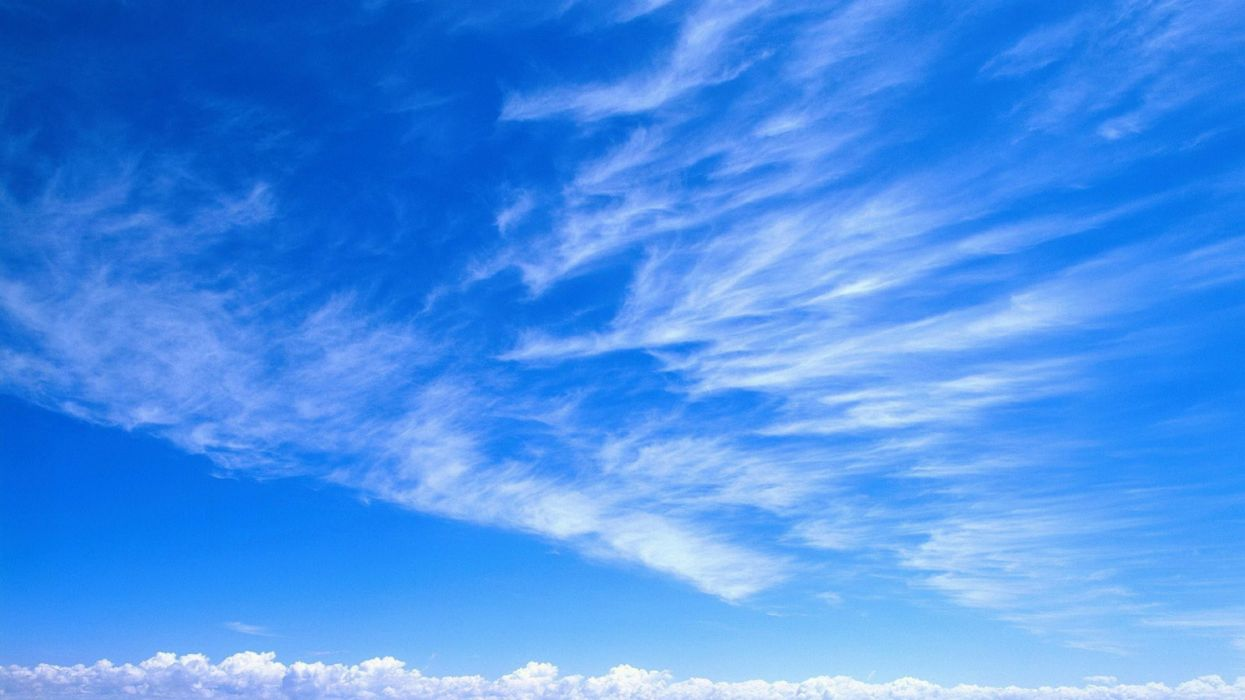 cielo azul nubes wallpaper