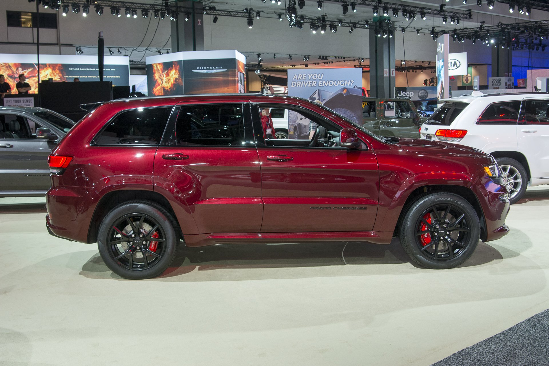 Excellent 2016 Jeep Grand Cherokee SRT Night Cars Suv Wallpaper