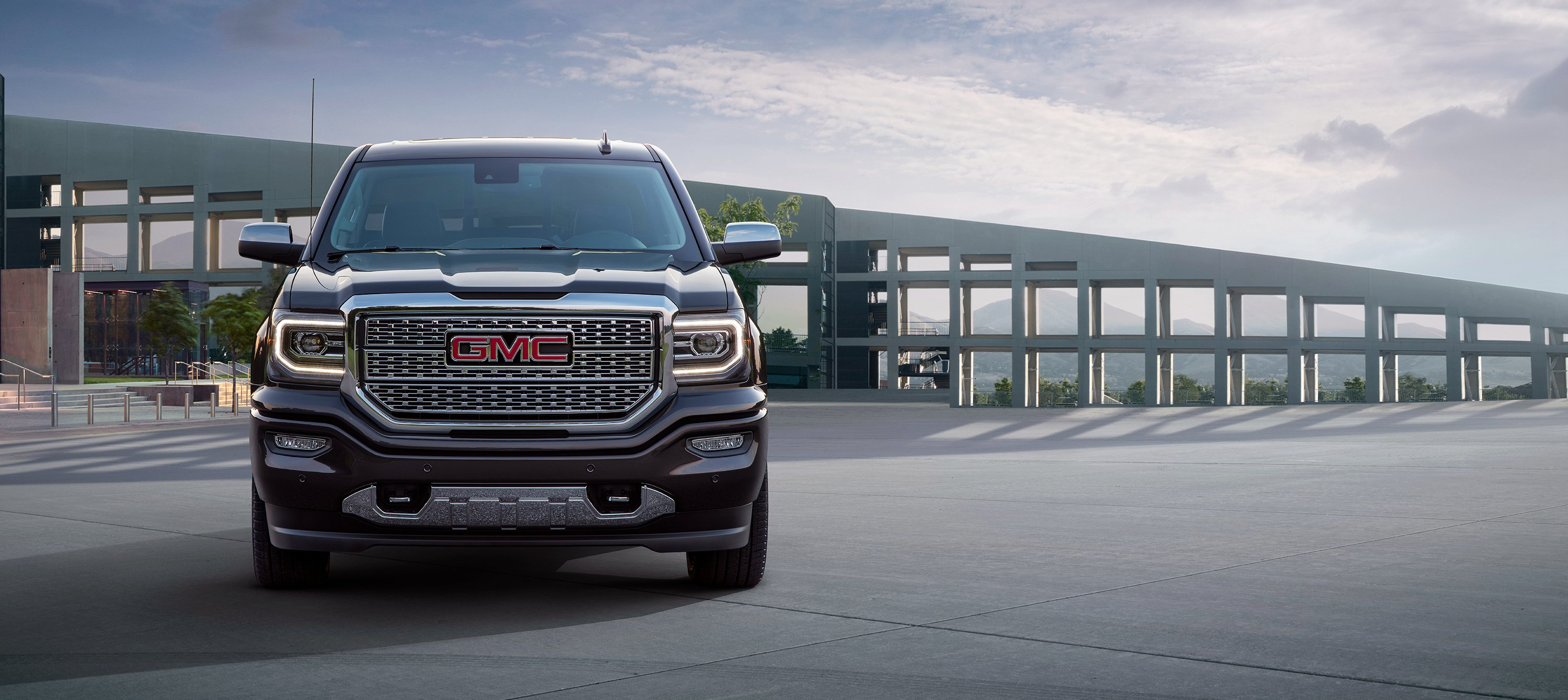 2017 GMC Sierra 1500 Denali Ultimate Crew Cab 4z4 Pickup Wallpaper