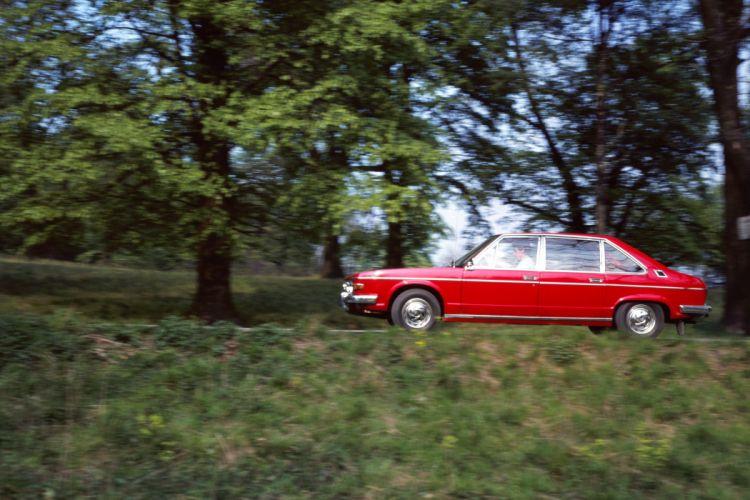 1974 Tatra T613 Vignale classic wallpaper