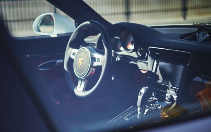 2015 H-R Springs Porsche 911 Turbo S tuning wallpaper