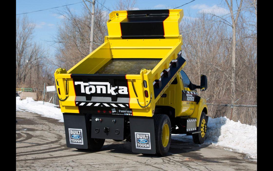 2016 Ford F-750 Tonka DumpTruck dump semi tractor construction wallpaper