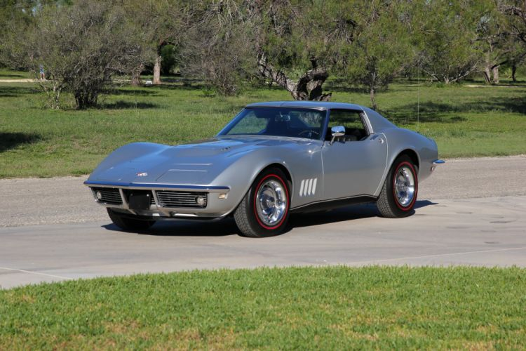 1968 Chevrolet Corvette (c3) L36 Coupe cars silver wallpaper