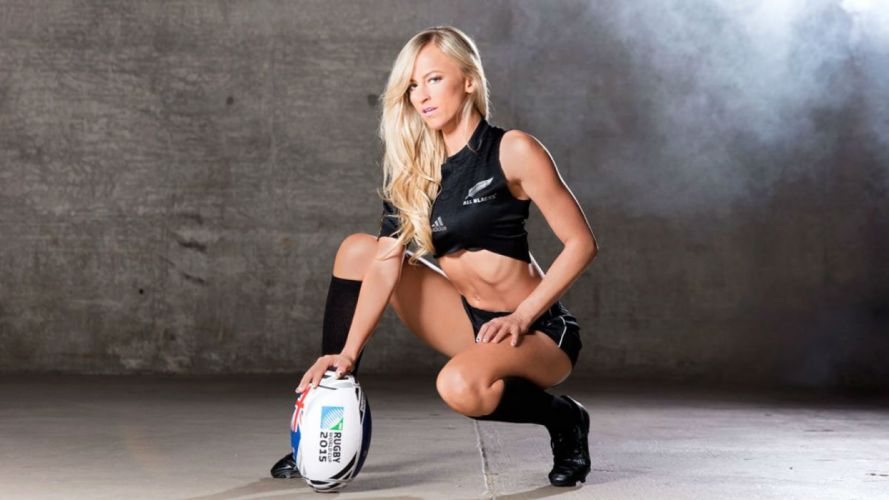 WWE DIVAS wrestling fighting warrior action sexy babe rugby wallpaper