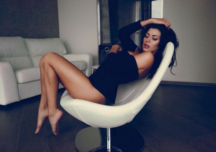 model woman girl people wallpaper