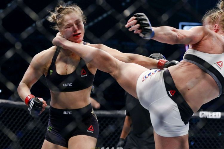 MMA martial arts action fighting warrior boxing wrestling sexy babe wallpaper