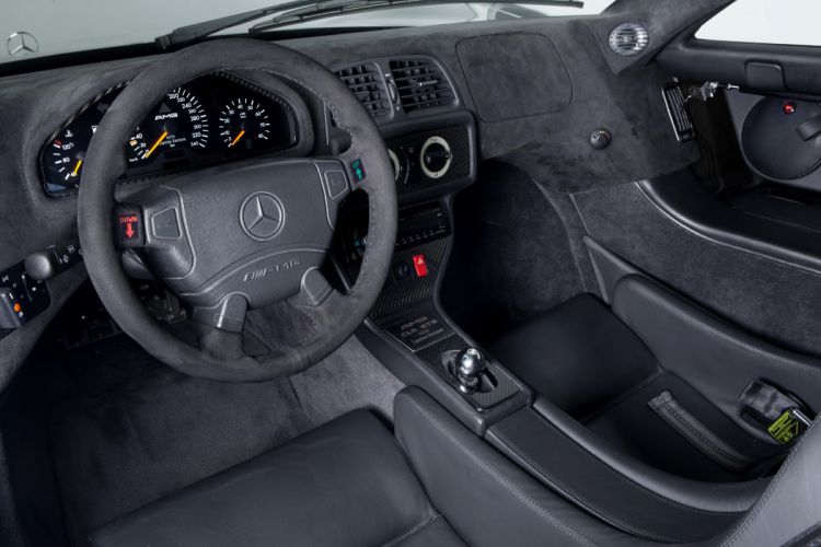1997-99 Mercedes Benz CLK GTR AMG Coupe Strassenversion supercar race racing wallpaper
