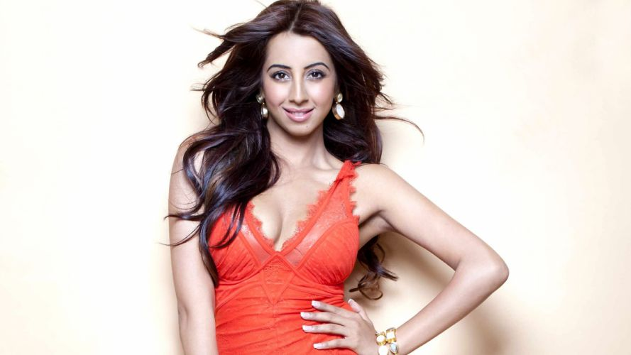 sanjjanaa sanjana galarani bollywood actress model girl beautiful brunette pretty cute beauty sexy hot pose face eyes hair lips smile figure indian wallpaper