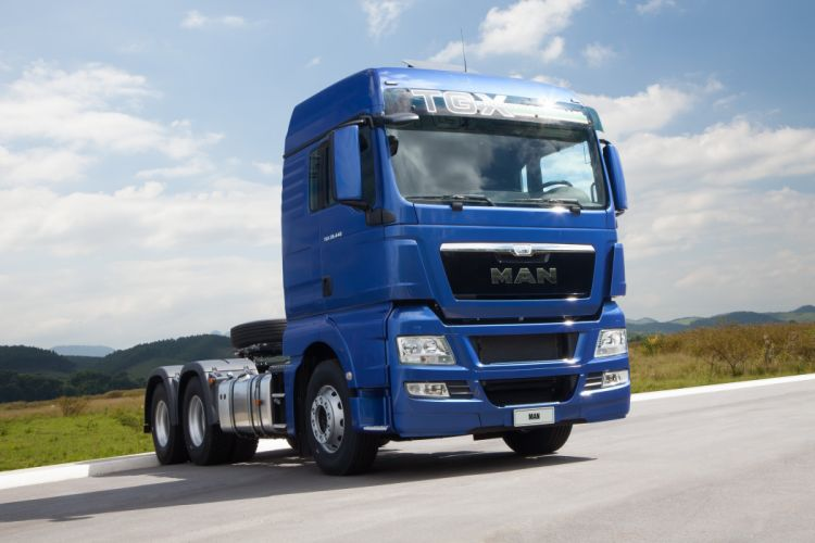 2012 MAN TGX 2-9 440 semi tractor truck wallpaper