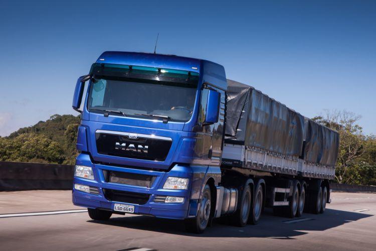2015 MAN TGX 29-480 semi tractor truck wallpaper