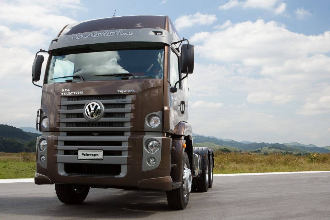 2013 Volkswagen Constellation Tractor 26-420 semi truck wallpaper