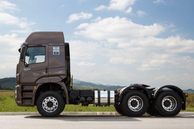 2013 Volkswagen Constellation Tractor 26-420 semi truck wallpaper