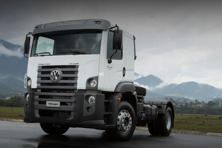 2011 Volkswagen Constellation Tractor 19-330 semi tractor truck wallpaper