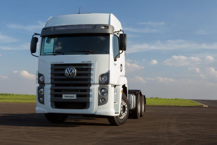 2014 Volkswagen Constellation Tractor 25-420 semi truck wallpaper