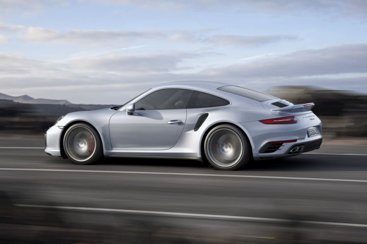 2016 Porsche 911 Turbo Coupe 991 supercar wallpaper