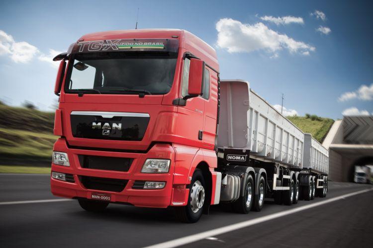 2012 MAN TGX 33-440 semi tractor wallpaper