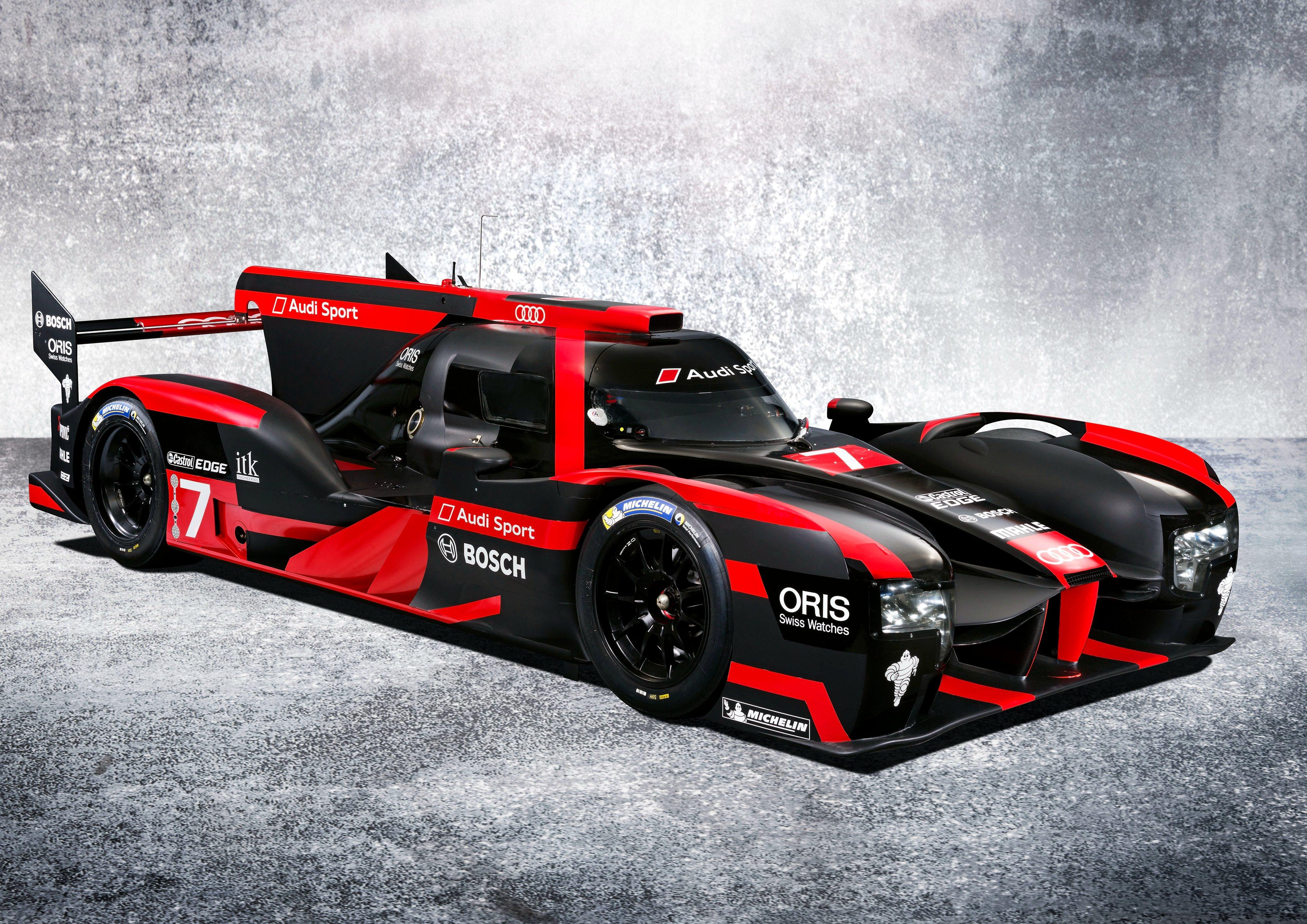 2016 Audi R18 E Tron Quattro Lemans Le Mans Race Racing