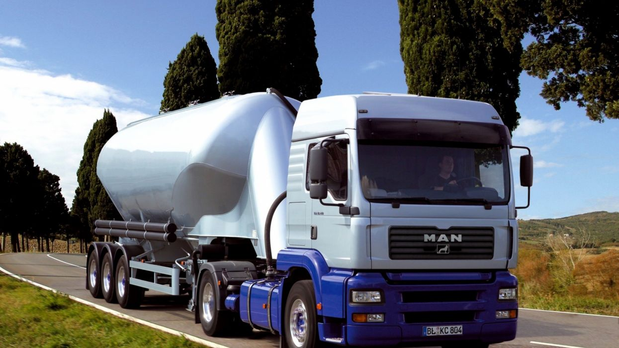 camion cisterna man wallpaper