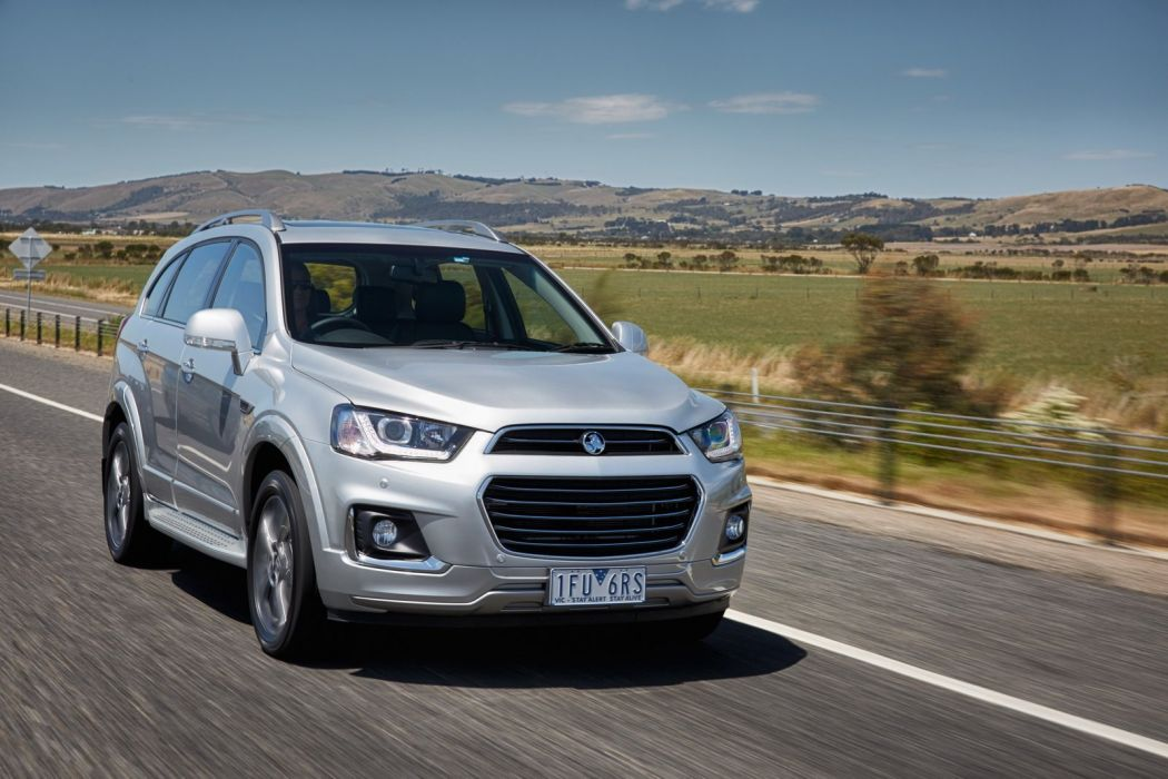 Captiva Holden cars suv 2016 wallpaper