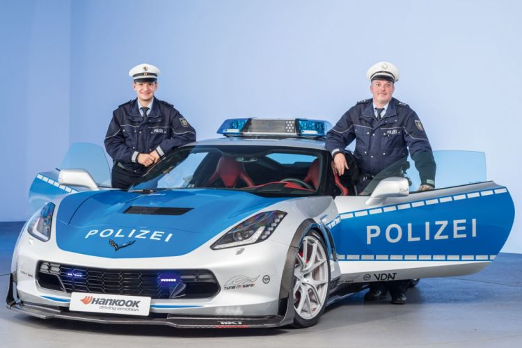 Chevrolet Corvette (C7) Stingray Police cars germany wallpaper
