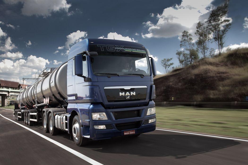 2013 MAN TGX 29-440 semi tractor truck wallpaper