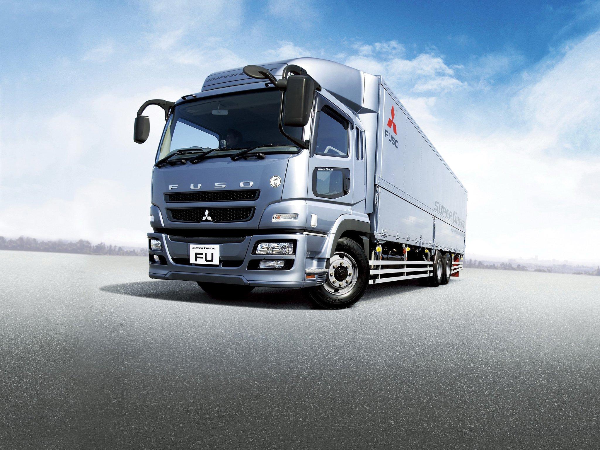 2012 Mitsubishi Fuso Super Great semi tractor truck