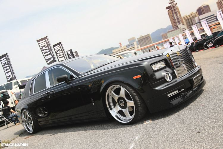 Rolls Royce Phantom tuning custom luxury wallpaper