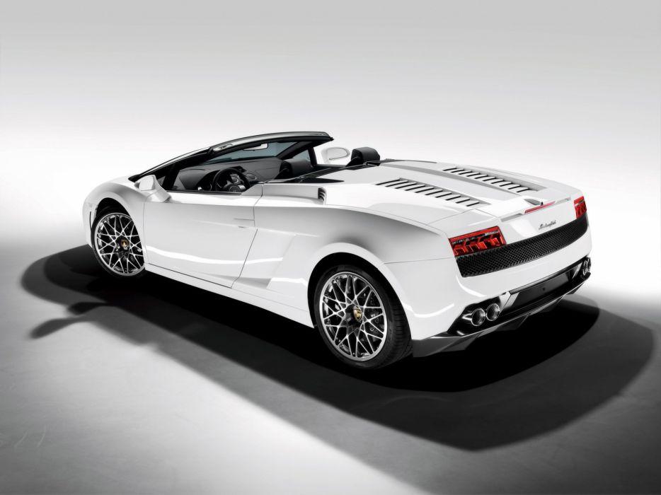 2009 Lamborghini Gallardo LP560-4 Spyder supercar wallpaper