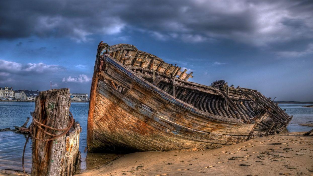 barca viaja embarrancada wallpaper