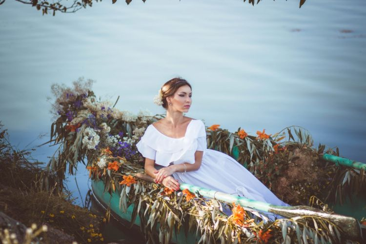 river boat bride flowers mood sadness wallpaper
