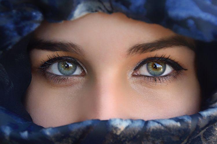 girl beauty eyes face veil eyes wallpaper