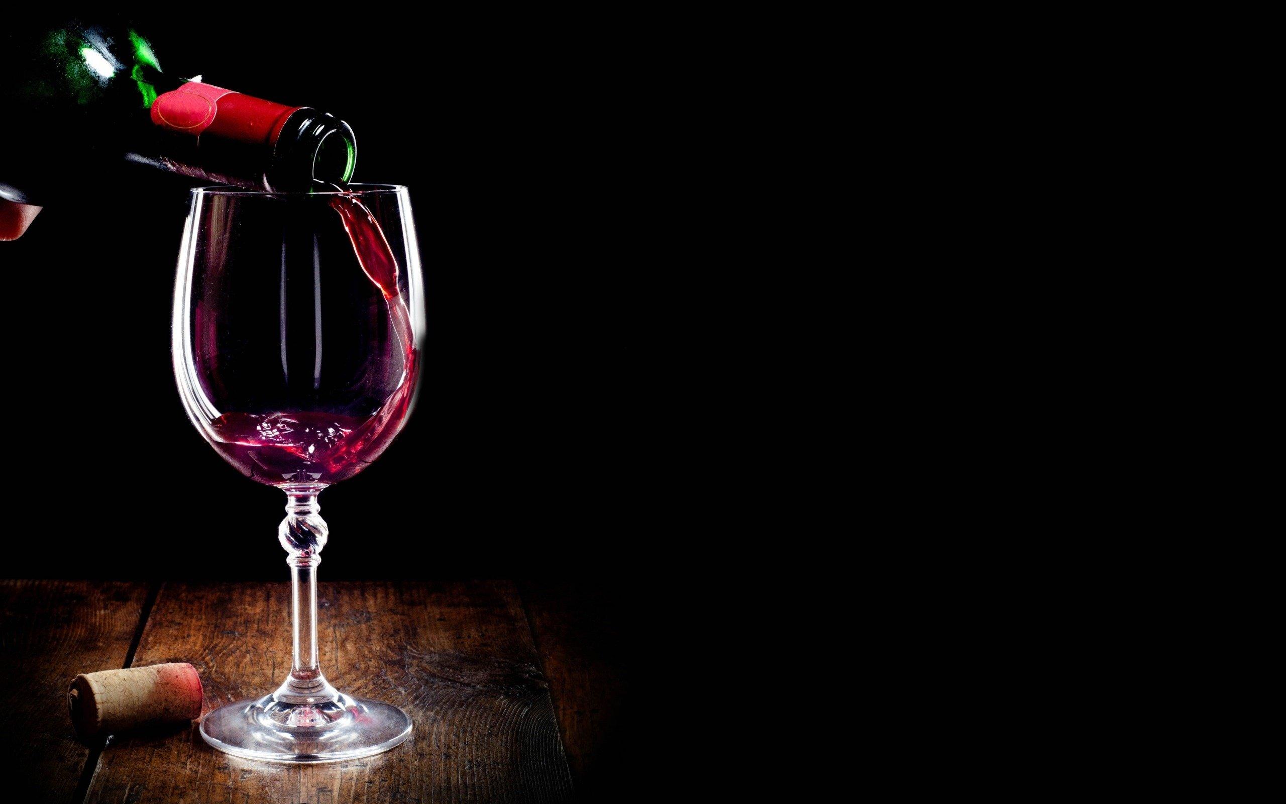 glass of wine alcohol wallpaper 2560x1600 848773 wallpaperup. Black Bedroom Furniture Sets. Home Design Ideas