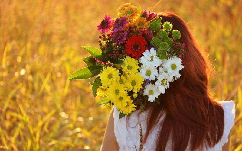girl bouquet flowers mood wallpaper