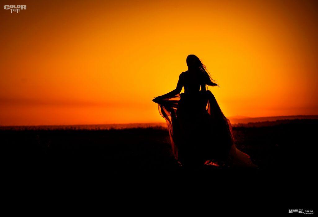 field distance morning dawn female silhouette mood girl wallpaper