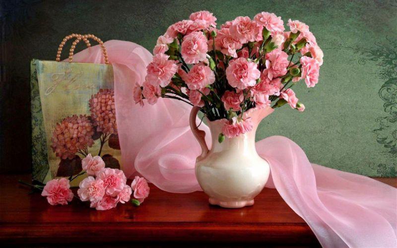 Still cloves bag vase wallpaper