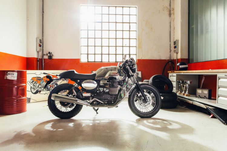 2016 Moto Guzzi Garage V7II Dapper Kitbike motorbike motorcycle v-7 wallpaper