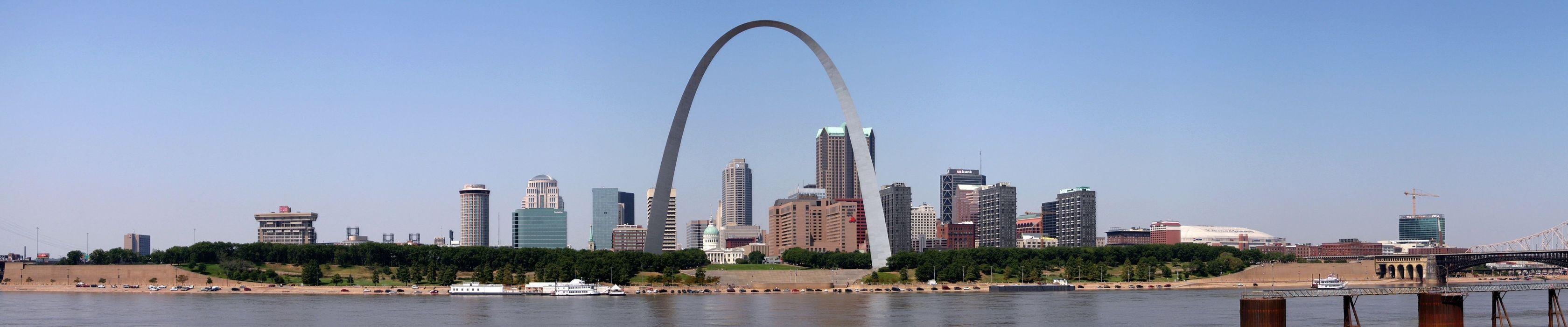St Louis Gateway Arch Missouri wallpaper