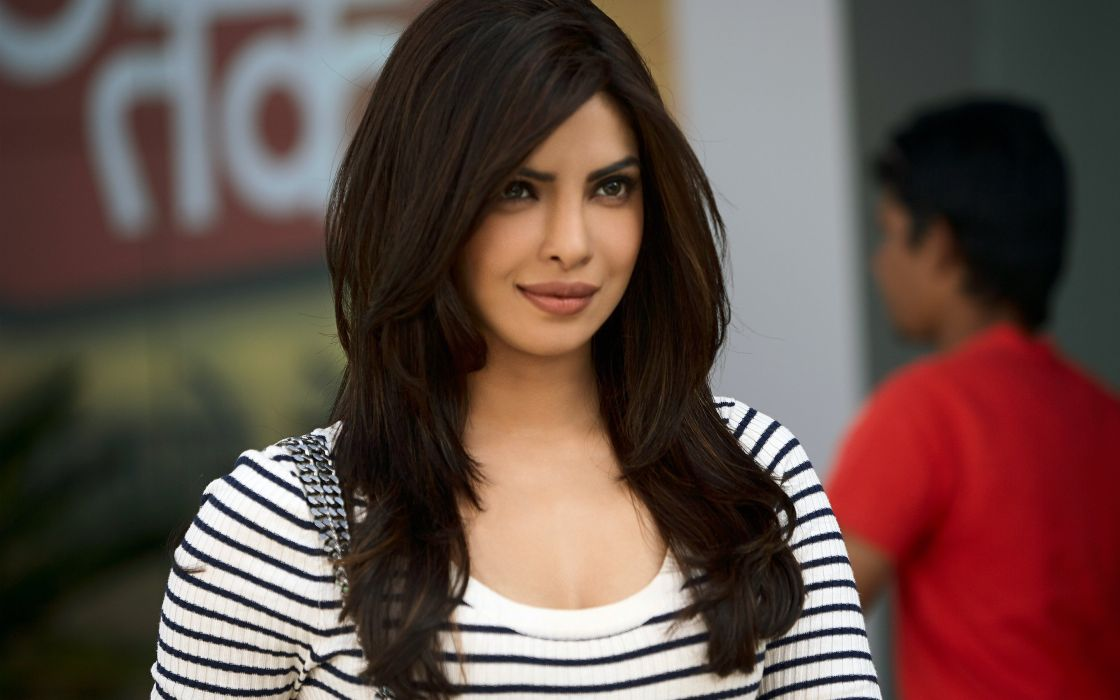 priyanka chopra 19-widescreen wallpapers wallpaper